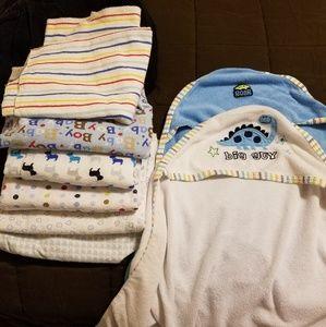 BUNDLE!! Receiving Blankets & Hooded Bath Towels
